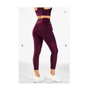 Fabletics High-waisted Ultra Cool Spin leggings
